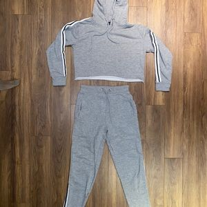 PrettyLittleThing grey set with stripped detailing